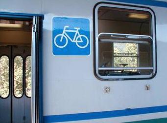 simbolo bici sul treno