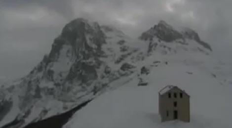 Foto dall'elicottero del Gran Sasso - Abruzzo