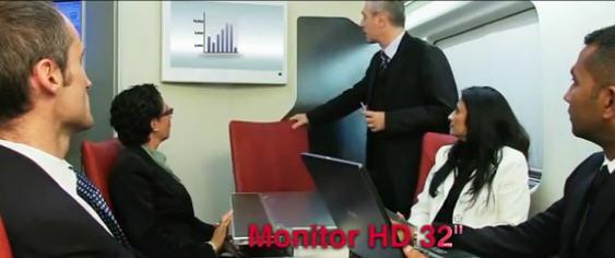 Foto sala riunioni executive su treno Frecciarossa