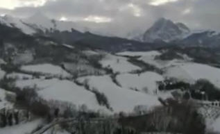 Valle Vomano con Gran Sasso sullo sfondo - Abruzzo