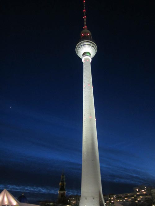 torre della televisione a berlino  immagini panoramiche