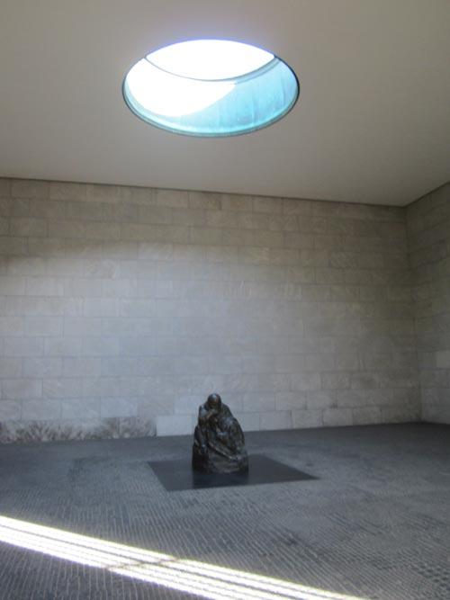 Foto interno memoriale Neue Wache