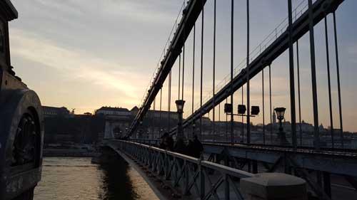 Foto inizio ponte catene