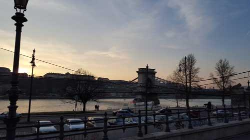 Foto ponte delle catene